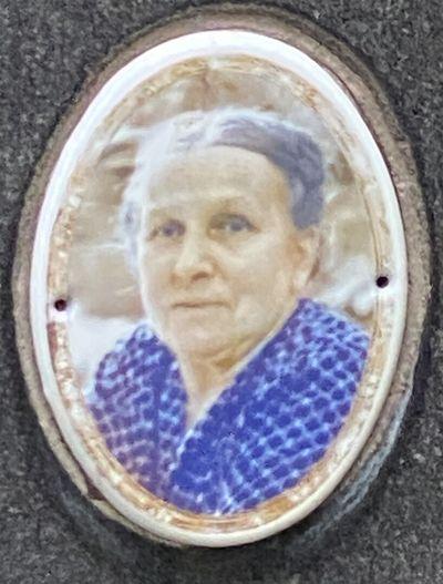 Котляревская Мария Антоновна